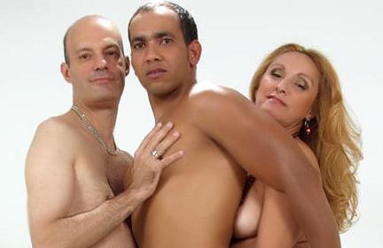 MILF hie Bisexual Trio